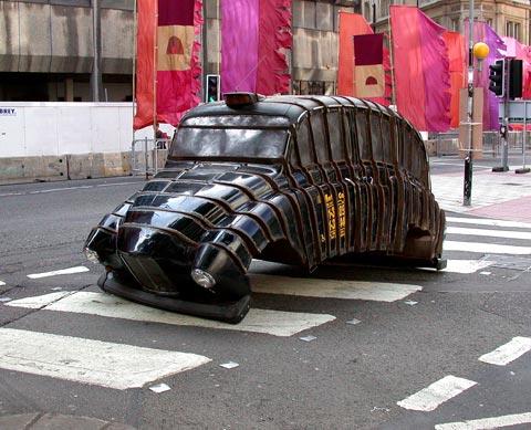 London taxi sculpture
